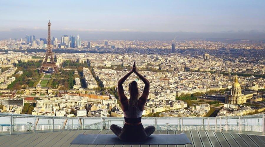 yoga vue paris vue sur tour effeil